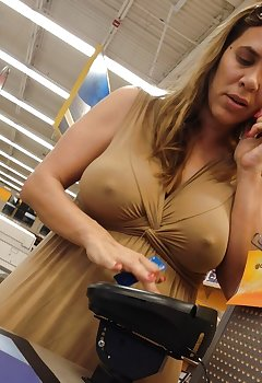 Supermarket Cleavage Pics