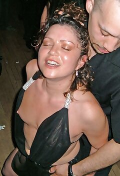 Cleavage Dancing Pics