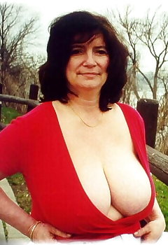 Cleavage granny Cleavage GIFs