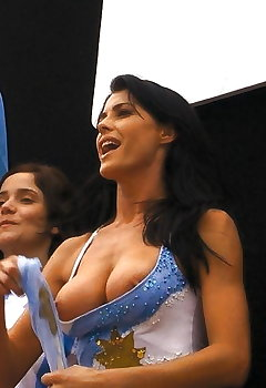Russian Cleavage Pics